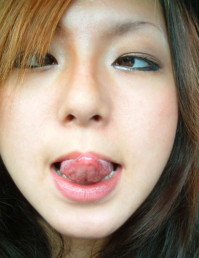 【ヌード画像】ぬるぬでトロトロのベロがダントツでエロいっす。こんな舌で舐められたい最高のエロ舌画像集(50枚) 27