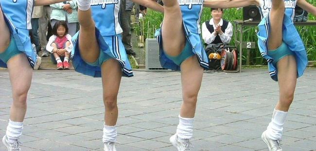 【ヌード画像】チアガールの限界まで広げた股間に元気と性欲100倍な俺が選んだチアガール開脚画像集!(50枚) 37