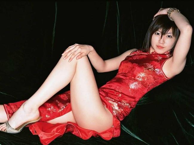 【ヌード画像】チャイナドレスってきらいな野郎はいないよな!スリットとパツパツ具合にコーフンするチャイナドレス画像集(50枚) 26