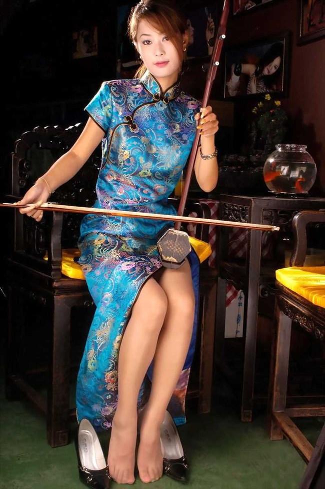 【ヌード画像】チャイナドレスってきらいな野郎はいないよな!スリットとパツパツ具合にコーフンするチャイナドレス画像集(50枚) 30