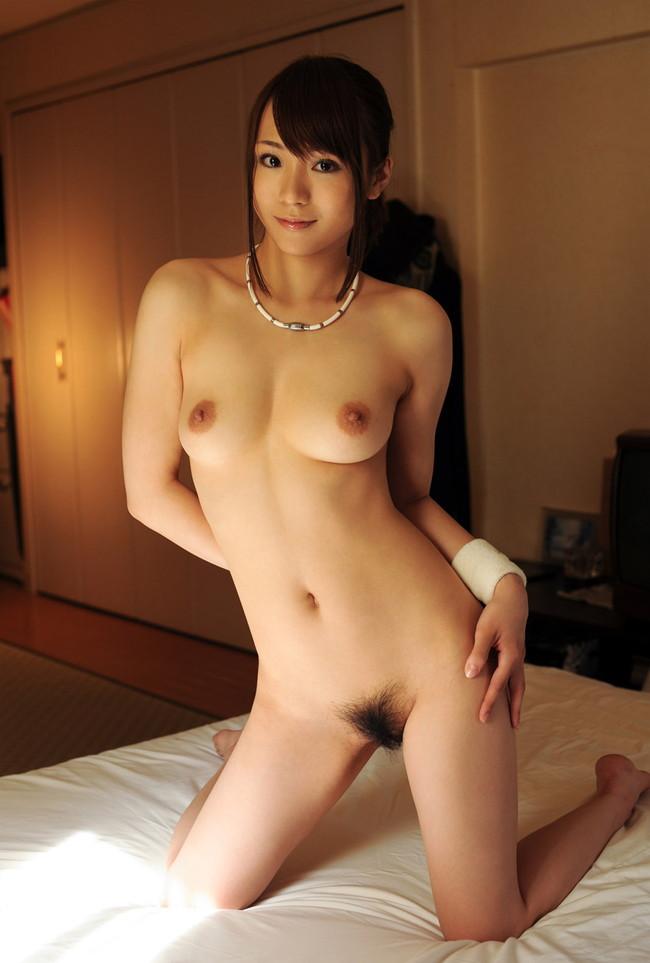 【ヌード画像】ポニーテールとかいう超優良ヘアースタイルwwかわいすぎるポニーテールの娘ヌード画像集!(50枚) 45