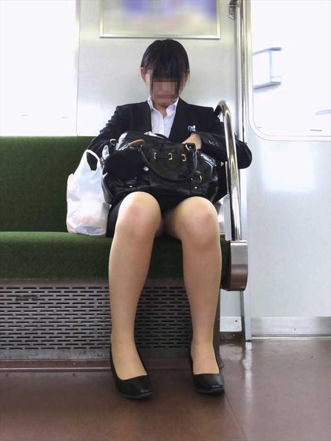 【ヌード画像】エロい!エロいぞリクルートスーツ!この初々しさとぴったりお尻のギャップ感がたまりません!(50枚) 27