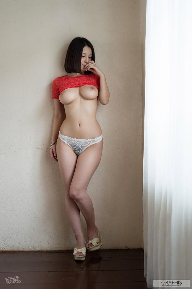 【ヌード画像】最強のAV女優松岡ちなの破壊力!!Hカップさえブレるこの美しさはなんなんだ!的な画像集(50枚) 06
