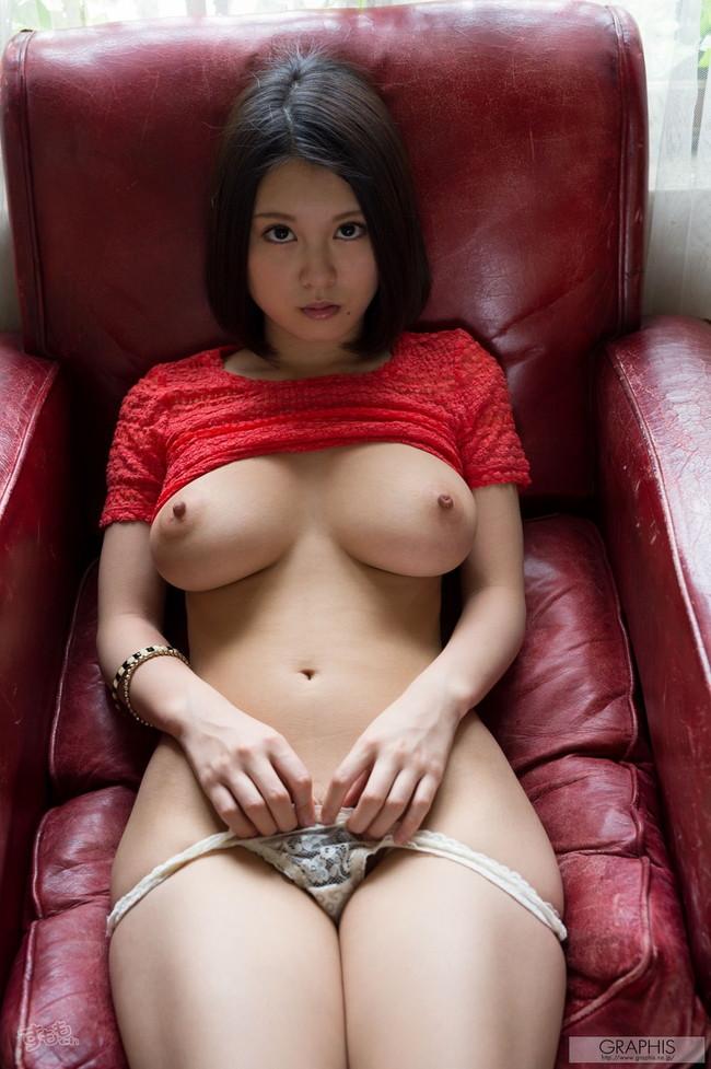 【ヌード画像】最強のAV女優松岡ちなの破壊力!!Hカップさえブレるこの美しさはなんなんだ!的な画像集(50枚) 14