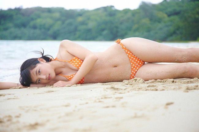 【ヌード画像】川口春奈の水着や下着のグラビア集めたら、かわいすぎてエロすぎて愛さずにはいられなくなってしまった・・・的画像集(50枚) 05