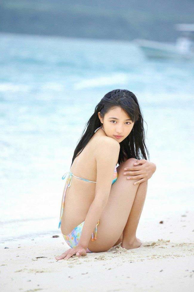 【ヌード画像】川口春奈の水着や下着のグラビア集めたら、かわいすぎてエロすぎて愛さずにはいられなくなってしまった・・・的画像集(50枚) 08