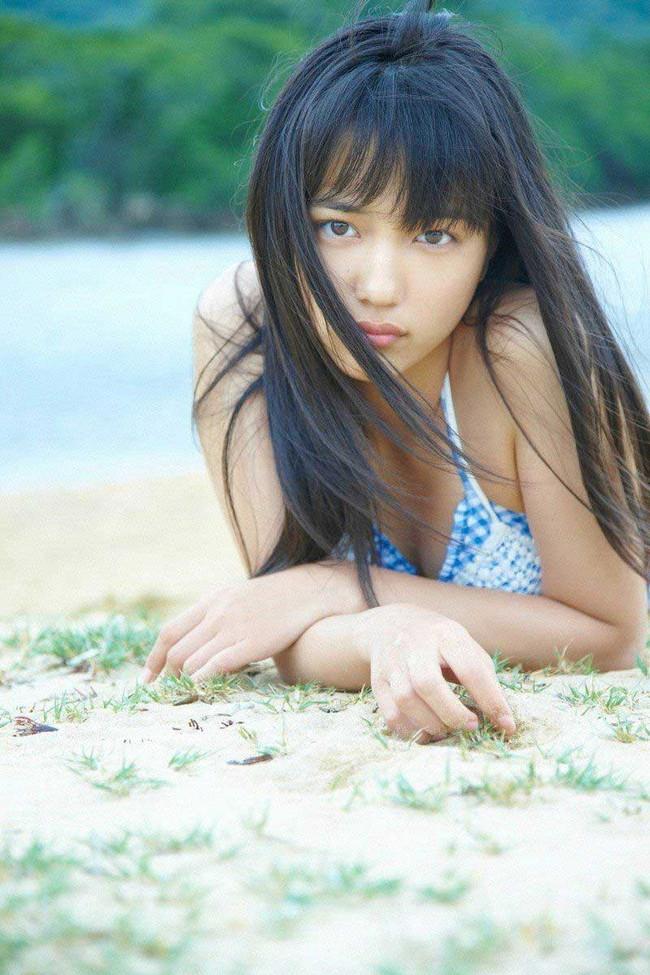 【ヌード画像】川口春奈の水着や下着のグラビア集めたら、かわいすぎてエロすぎて愛さずにはいられなくなってしまった・・・的画像集(50枚) 26
