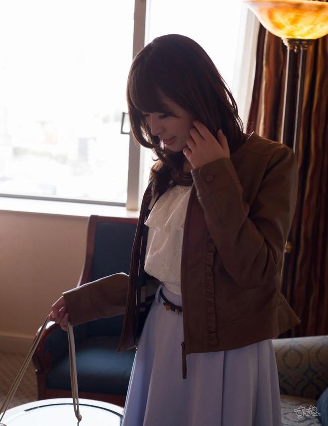 【ヌード画像】美しすぎるぞ初美沙希!!ヘタな女子アナのお宝画像より2億倍かわいくてエロい清楚系AVギャル初美沙希画像集(50枚) 06