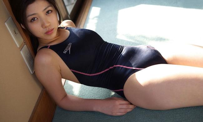 【ヌード画像】青春を思い出す競泳水着とスクール水着の画像(30枚) 25