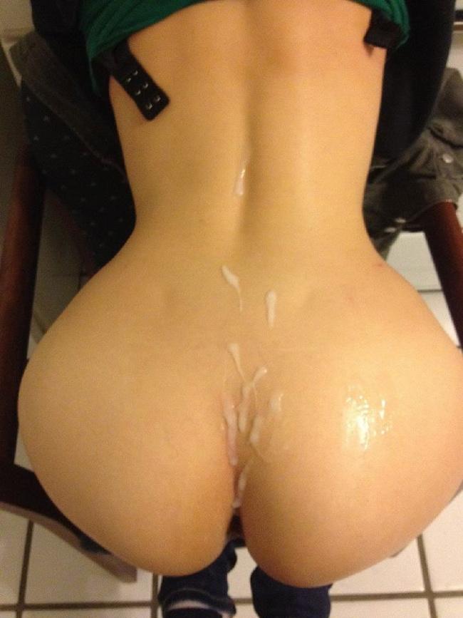 【ヌード画像】くびれと美尻、そのラインが美しい背中画像(30枚) 15