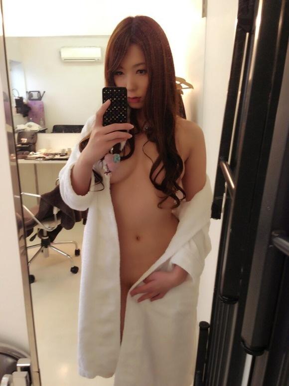 【ヌード画像】脱いでないのにエロい波多野結衣の自撮り写メ(32枚) 15