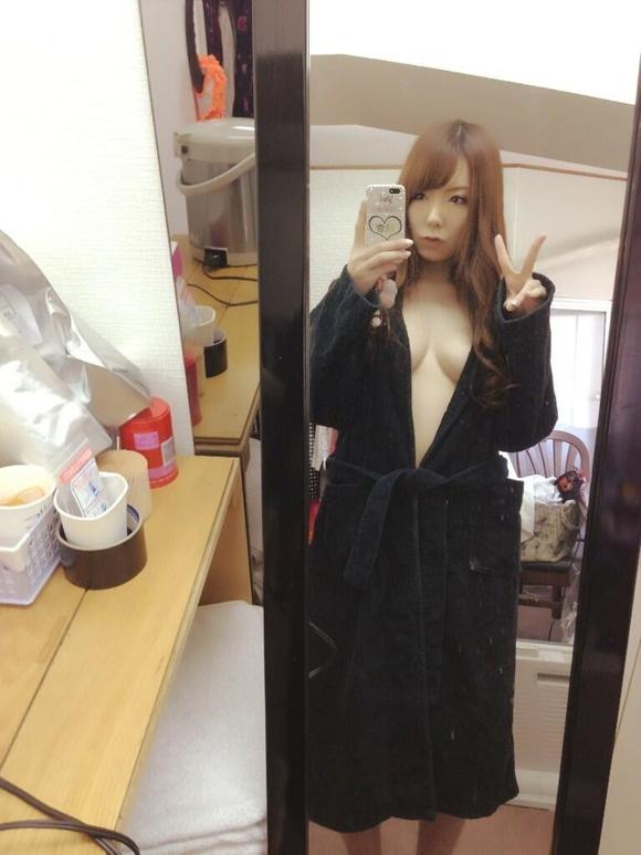 【ヌード画像】脱いでないのにエロい波多野結衣の自撮り写メ(32枚) 17