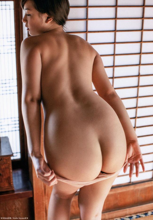 【ヌード画像】半ケツ状態の中途半端でも美しい美尻まとめ(30枚) 08