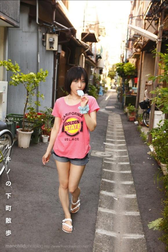 【ヌード画像】着エロを追求する藤崎ルキノさんの画像(30枚) 01