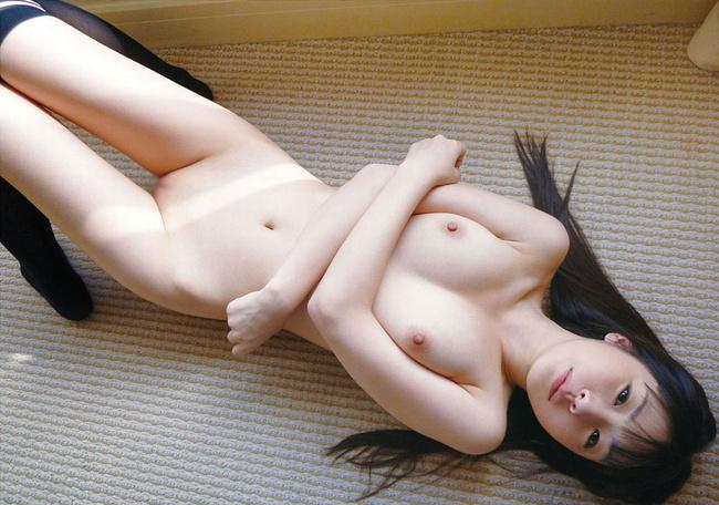 【ヌード画像】守ってあげたくなる色白女子のヌード画像(30枚) 30