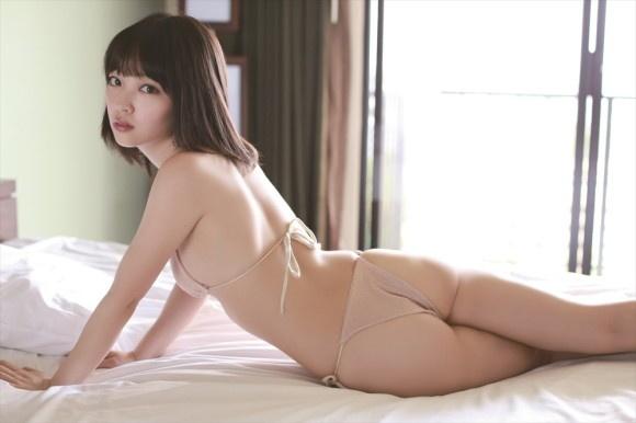 【ヌード画像】清楚なお嬢様系タレント安藤遥さんの水着画像(30枚) 30