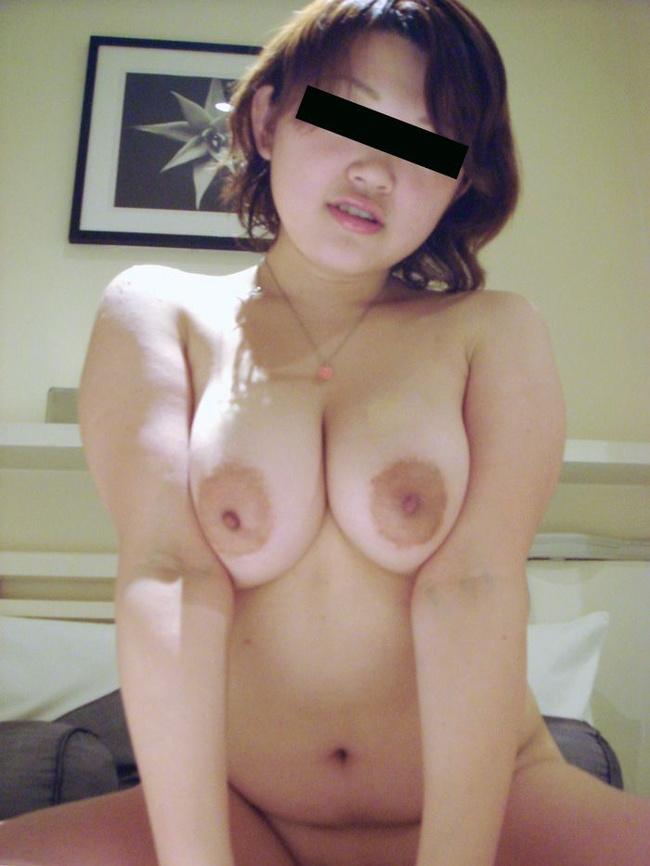 【ヌード画像】まん丸メロン系の巨乳と爆乳画像まとめ(30枚) 07