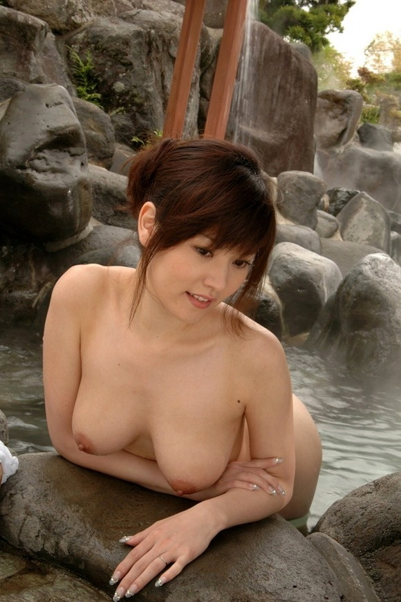 【ヌード画像】温泉で温まったしっとり女体のエロ画像(30枚) 05