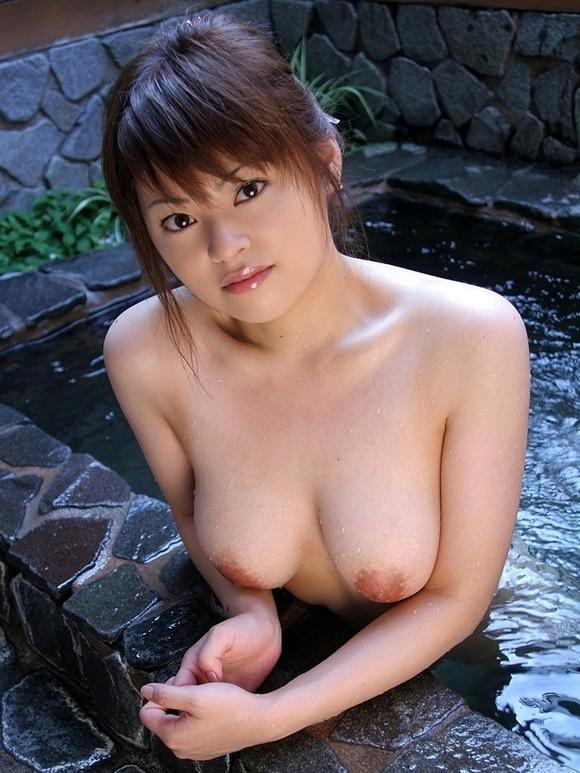 【ヌード画像】温泉で温まったしっとり女体のエロ画像(30枚) 24