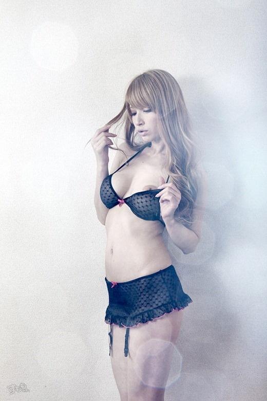 【ヌード画像】日本人離れしたAV女優・ティアの画像(30枚) 14