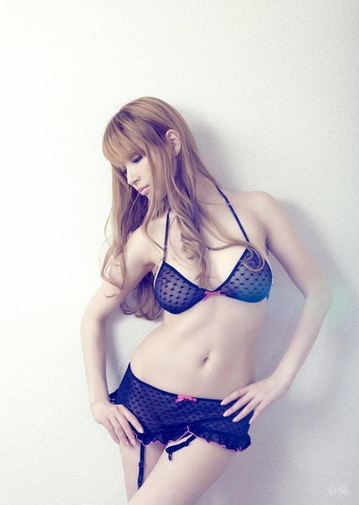 【ヌード画像】日本人離れしたAV女優・ティアの画像(30枚) 18
