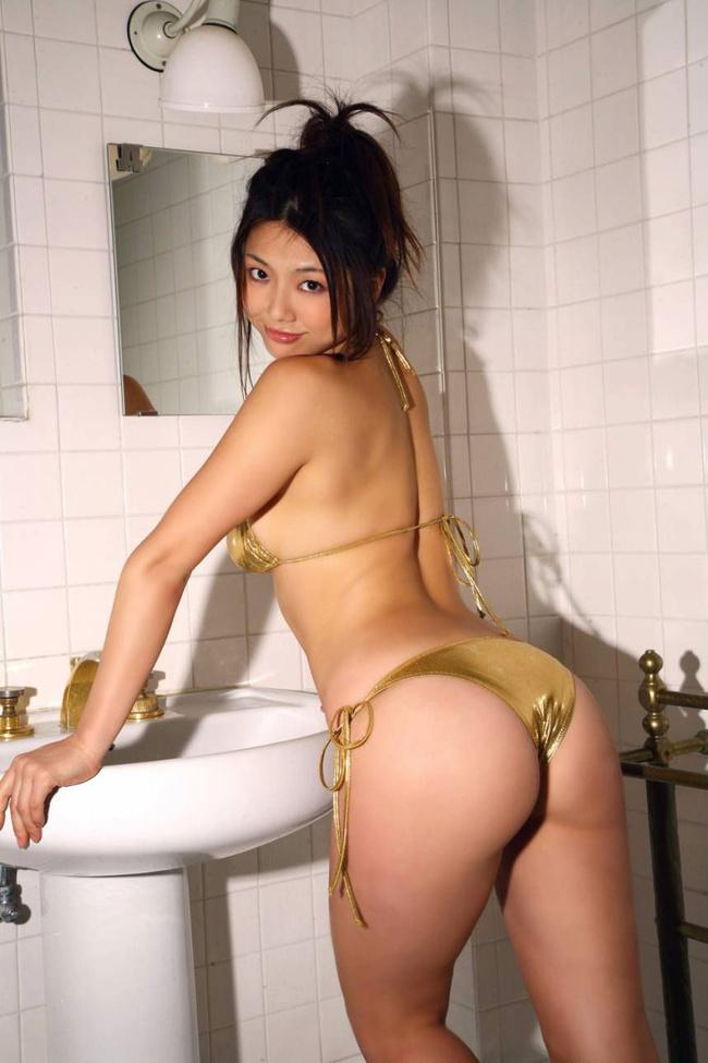 【ヌード画像】抜ける背中と抜ける美尻の贅沢フェチ画像(30枚) 08