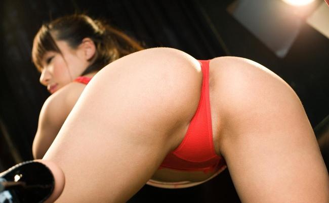 【ヌード画像】四つん這いでTバック挟んだ美尻を突き出してる例のアレ(30枚) 11