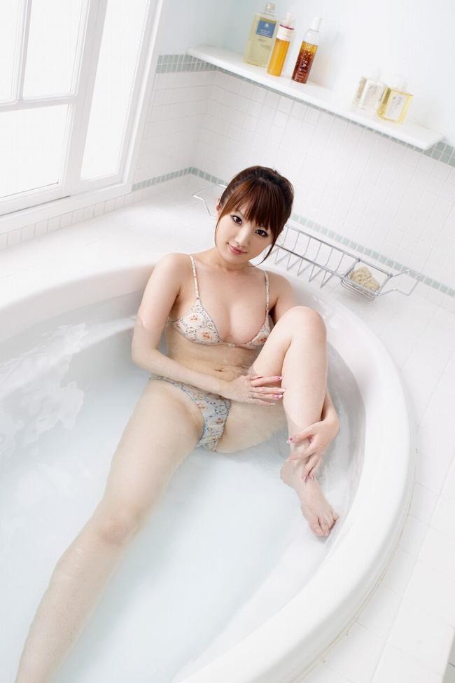 【ヌード画像】風呂が自宅で一番エロいスポットと思える入浴画像(30枚) 21