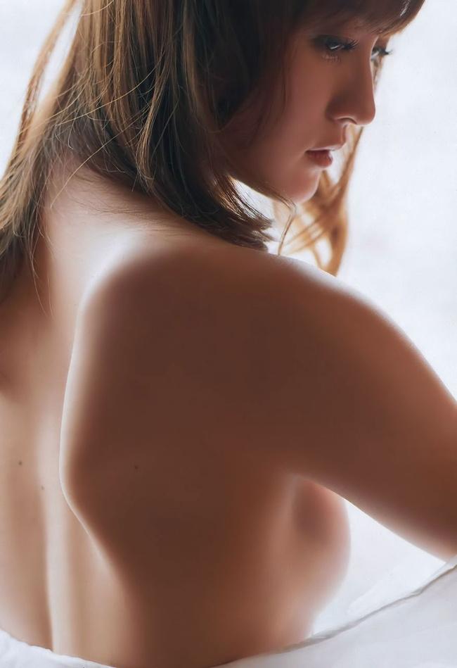 【ヌード画像】背中とくびれが語る、その女性のエロさ(30枚) 09