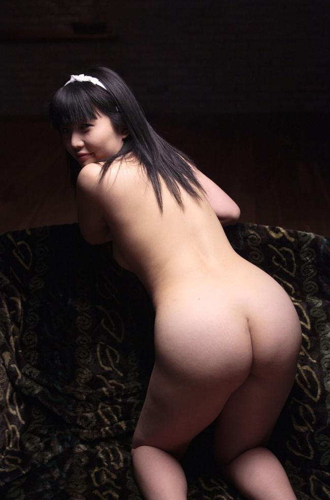 【ヌード画像】背中とくびれが語る、その女性のエロさ(30枚) 26